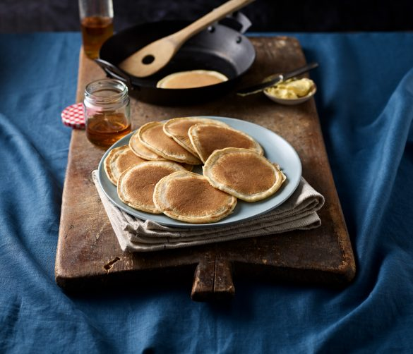white spelt pikelet pancakes